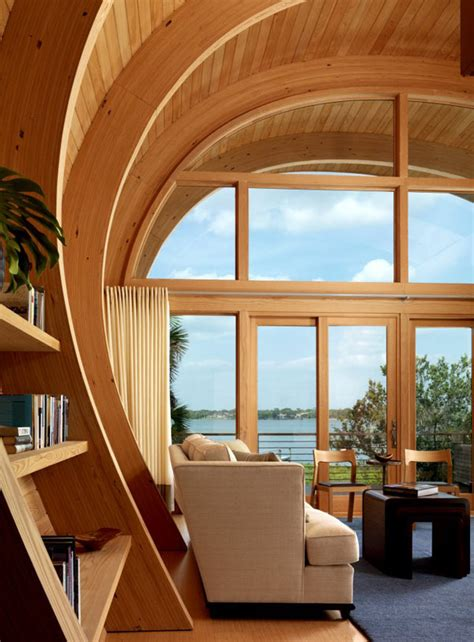 shaped house  modern retreat