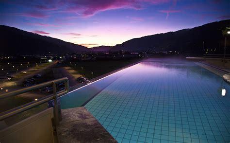 Die 8 Schönsten Infinity Pools In Österreich Momondo