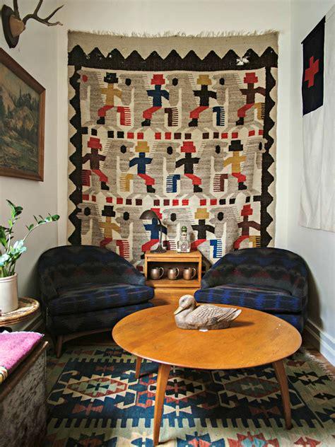 hang vintage textiles   walls