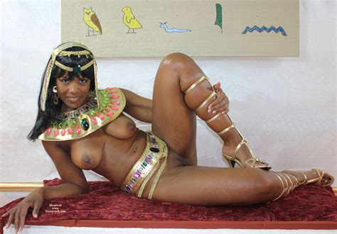 Nude Cleopatra October 2011 Voyeur Web Hall Of Fame