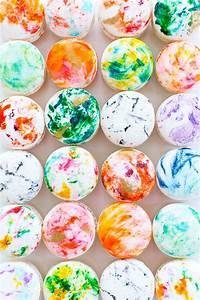 DIY Marbled Macarons : macaron decoration