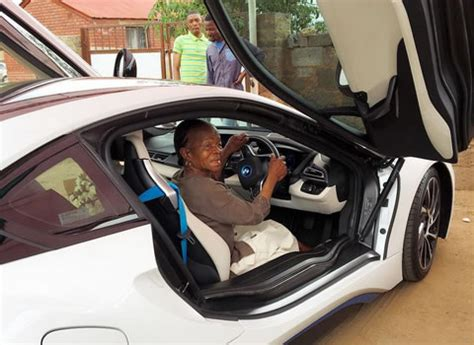 somizi mhlongos mom blesses    million car