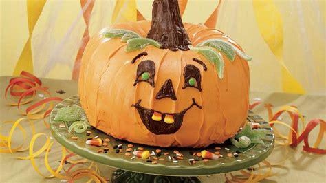 pumpkin shaped cake the great pumpkin cake recipe from pillsbury
