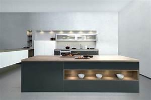 charming cuisine blanche mur gris 2 cuisine gris With plaque pour proteger mur cuisine