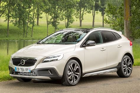 Volvo V40 Cross Country Picture by Volvo V40 Cross Country 2016 Pictures 1 Of 31 Cars