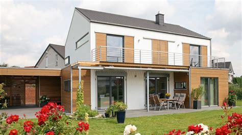 Mehr Raum Und Lebensqualitaet Durch Hausanbau by Home Dachkomplett