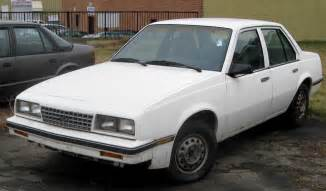 Chevy Cavalier 1990 Images & Pictures - Becuo