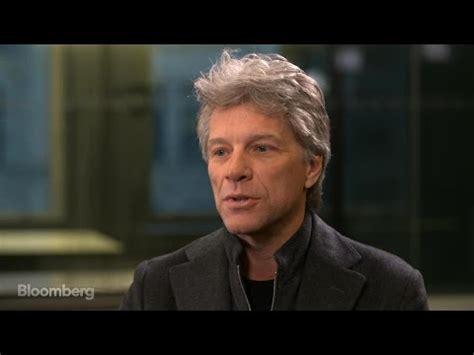 Jon Bon Jovi Gets Closer His Fans Youtube