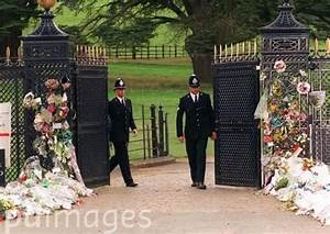 17 Best images about Princess Diana's Funeral - 09-06-97 ...