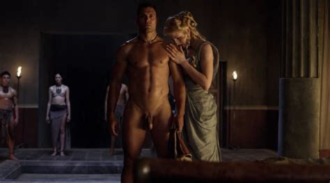 Omg They Re Naked Manu Bennett And The Gladiators Of Spartacus Blood And Sand Omg Blog