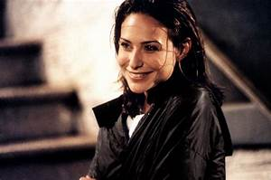 Claire Forlani - Movies, Photos, Salary, Videos and Trivia