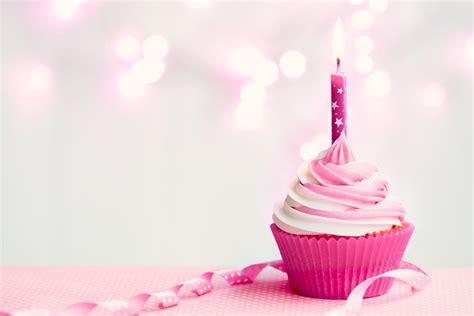 Birthday Cupcake Images Happy Birthday Vintage Cupcake Www Pixshark Images