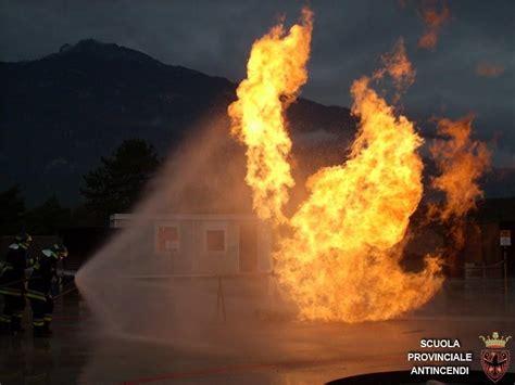 dispense vigili fuoco alcune nostre foto scuola provinciale antincendi