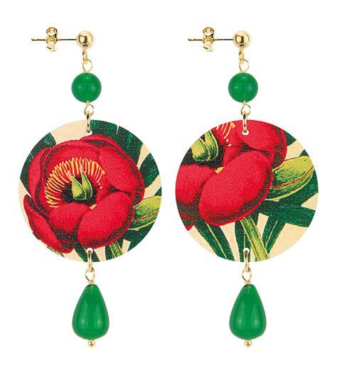 fiore rosso fiore rosso pietra verde fiore rosso pietra verde the