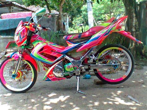 Jupiter Mx Modifikasi Racing Look by Modifikasi Airbrush Jupiter Mx Chroome Racing Look