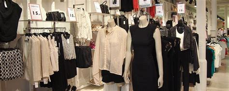 outlets mode  barcelone faire du shopping  prix casses