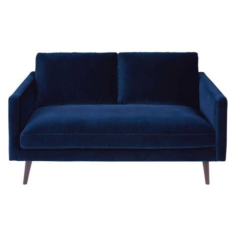 canapé velours bleu canapé 2 places en velours bleu nuit kant maisons du monde