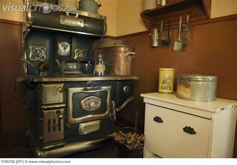 Fashioned Kitchen Cupboards by 182 Best Images About Fashion Kitchen S On