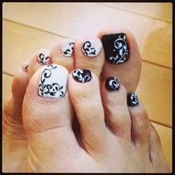 Funky toe nail art cool designs for teenage girls