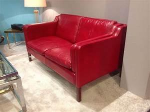 canape xxeme siecle en cuir rouge deux places design With canapé deux places rouge