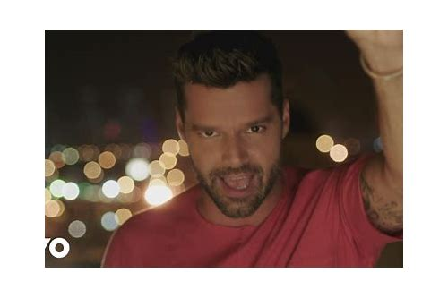 download music ricky martin la mordidita