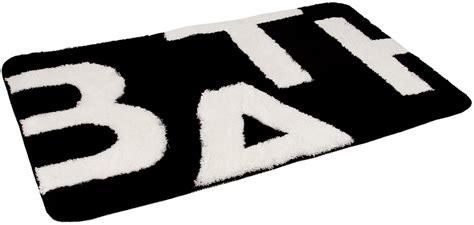 black  white bathroom rugs  towels  wall decal