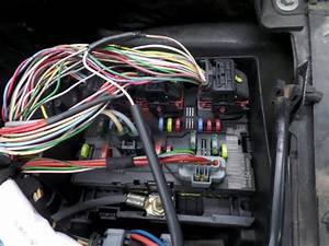 Used Peugeot 307 Cc  3b  1 6 16v Fuse Box