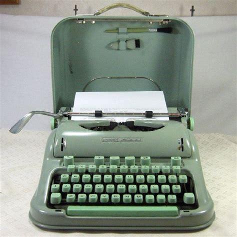 Alte Schreibmaschinen Wert by Best 25 Typewriters Ideas On Typewriter