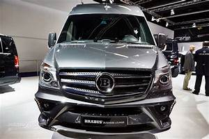 Mercedes Classe V Amg : brabus sprinter and v class fill the luxury van gap in frankfurt autoevolution ~ Gottalentnigeria.com Avis de Voitures