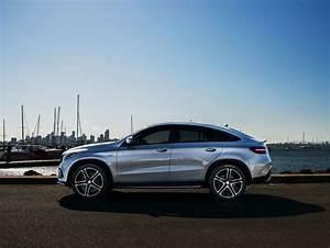 Gle Mercedes Coupe : mercedes benz gle coupe driven mercedes gle coupe blasts in goauto ~ Medecine-chirurgie-esthetiques.com Avis de Voitures