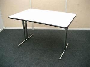 Tisch 120 X 60 : m bel messebau weyrich gmbh ~ Bigdaddyawards.com Haus und Dekorationen