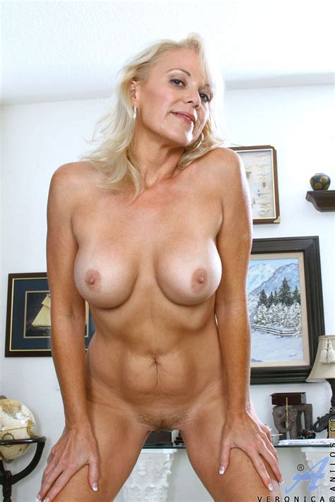 Mature Lady Showing Hot Figure By Stripping Dress Porn Tv