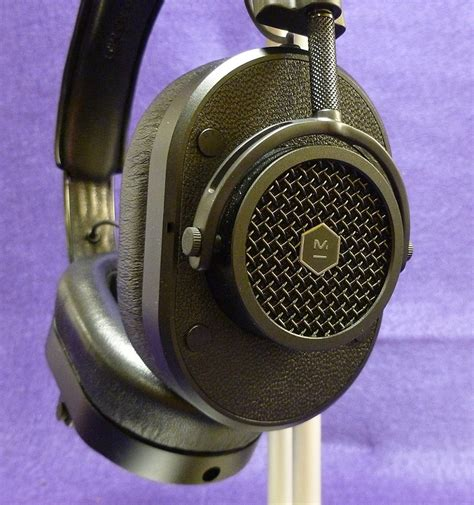 master and dynamic master dynamic mh40 headphone review the gadgeteer