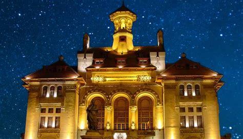 Noaptea Muzeelor: Trivia Quiz și Treasure Hunting - Locals