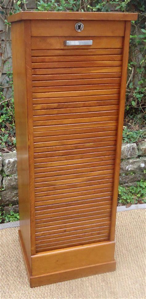 classeur de bureau à rideau classeur en bois ancien mzaol com
