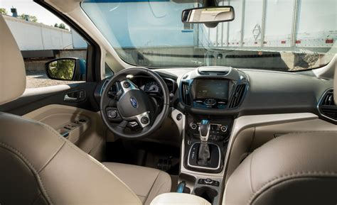 ford c max interieur car and driver