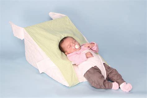 baby wedge pillow sleep wedge for premature preemie reflux babies 15 degree