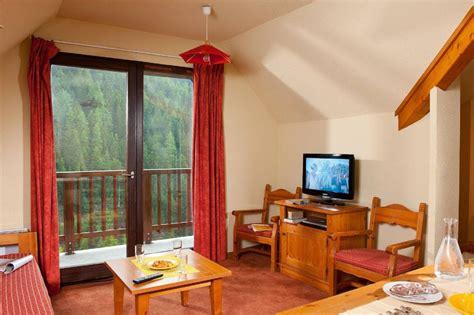 les chalets du thabor appartement 2 pi 232 ces 4 personnes bbf 224 valfr 233 jus alpes du nord les chalets du thabor ski