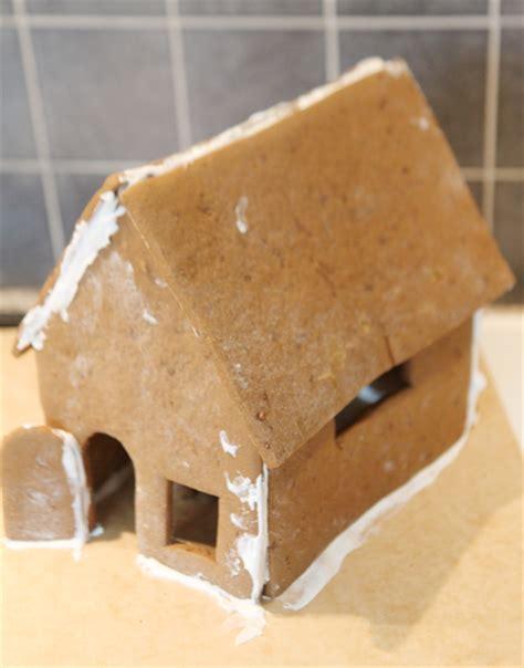 maison en d epices comment fabriquer une maison en d 233 pices pour no 235 l sous notre toit