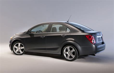 2012 Chevy Sonic Vs 2012 Ford Fiesta  Rydell Chevrolet