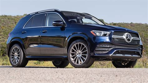 Check gle specs & features, 4 variants, 8 colours, images and read 11 user reviews. Is the 2020 Mercedes-Benz GLE 450 4Matic Worth the Price Tag?