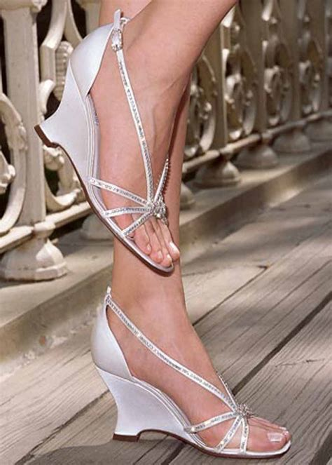 elegant wedding shoes wedges wedding planning married