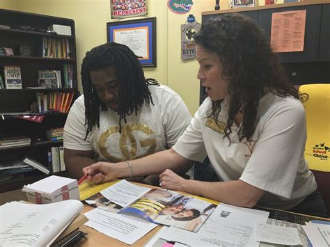 how to right a letter reese helps freshmen seniors in ths administrator 33457