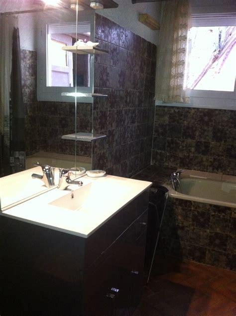 choisir un carrelage salle de bain contact artisans refaire des joints de salle de bain