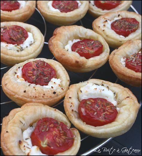 petits fours 2 mini tartelettes tomates cerises ch 232 vre la bo 238 te 224 g 226 teaux