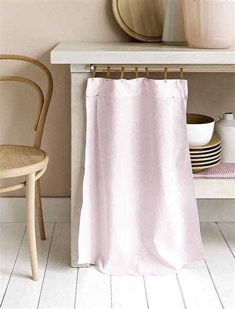 Offenes Regal Verdecken by How To Cleverly Conceal Clutter Diy Fabric Curtains