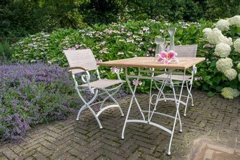chaise en fer forgé de jardin chaise de table de jardin bellini en fer forgé blanc