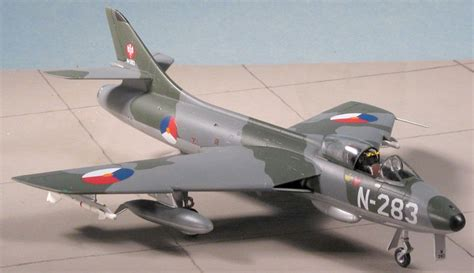 high back wing revell ag 1 72 hawker f 6 by aken