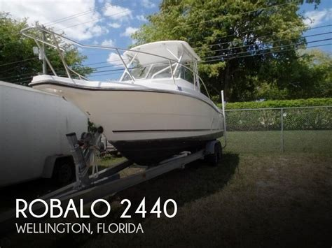 Boats For Sale Wellington by Sold Robalo 2440 Boat In Wellington Fl 126535