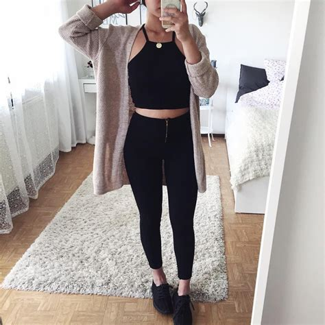 Ver esta foto do Instagram de @thanyaw | outfits | Pinterest | Clothes Instagram and Clothing